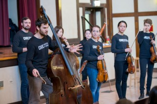 3/13/18 9:20:56 AM The Negaunee Music Institute of the Chicago Symphony Orchestra Civic Orchestra Fellows at Pickard Elementary © Todd Rosenberg 2018